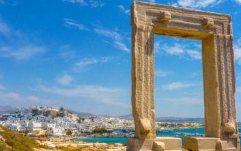Daily Mail: Τα 17 ελληνικά νησιά που προτείνει για όλα τα γούστα