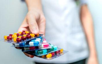 Τραγικές ελλείψεις φαρμάκων στη Θεσσαλονίκη, στην αναμονή εκατοντάδες ασθενείς