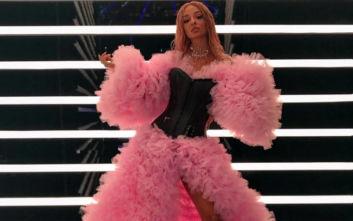 Το Twitter αναρωτήθηκε τι ντύθηκε η Φουρέιρα στο χθεσινό «The Final Four»