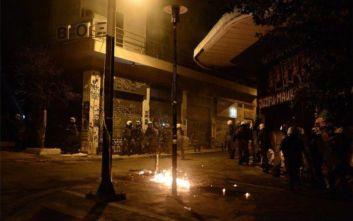 Είκοσι οκτώ συλλήψεις, 41 προσαγωγές και δύο αστυνομικοί τραυματίες στα Εξάρχεια