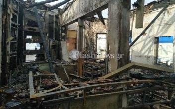 Μεγάλη φωτιά κατέστρεψε ολοσχερώς καφέ - μπαρ στα Χανιά