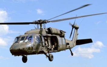 Οι ΗΠΑ θα δώσουν στην Ελλάδα ελικόπτερα Black Hawk αλλά αυτά που χρησιμοποιούσαν το 1979