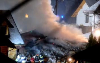 Κατέρρευσε τριώροφο κτίριο σε χιονοδρομικό κέντρο στην Πολωνία