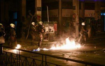 Ποινική δίωξη για κακουργήματα στους δώδεκα συλληφθέντες των επεισοδίων στα Εξάρχεια