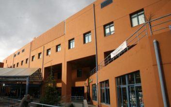 Κοροναϊός: Άσκηση στο νοσοκομείο «Αττικόν» για πιθανό κρούσμα