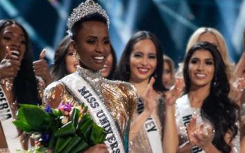 Miss Universe 2019: Η νικήτρια από τη Νότια Αφρική και το ηχηρό μήνυμα που της χάρισε το στέμμα