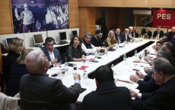 ΚΙΝΑΛ: Σε εξέλιξη η συνεδρίαση του πολιτικού συμβουλίου