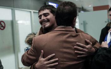 Πατέρας ναυτικού που απήγαγαν πειρατές: «Ο Δημήτρης δεν θέλει να μας πει τίποτα, είναι σε κατάσταση σοκ»