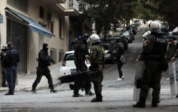 Καταληψίες στο Κουκάκι: Έπιπλα, ηλεκτρικές συσκευές, κοτρόνες, όλο το σπίτι ήρθε στο κεφάλι τους