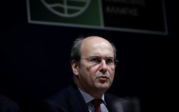 Χατζηδάκης: Η διαχείριση των απορριμμάτων το δυσκολότερο ζήτημα του χαρτοφυλακίου