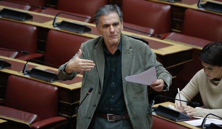 Τσακαλώτος: Η κυβέρνηση σκόπευε να χρησιμοποιήσει τα χρήματα του ελληνικού λαού εν κρυπτώ
