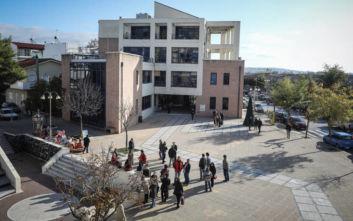 Αντιδήμαρχος Αχαρνών: Μπήκαν τρεις ένοπλοι στο Δημαρχείο, φορούσαν κουκούλες