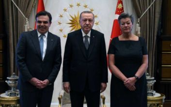 Συνάντηση Σχοινά – Ερντογάν: «Η ΕΕ παραμένει προσηλωμένη στην εφαρμογή όλων των πτυχών της συμφωνίας»
