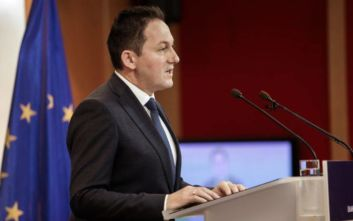 Πετσας: Όσα προστατεύει το Σύνταγμά μας, δεν υπάρχουν στο DNA του ΣΥΡΙΖΑ