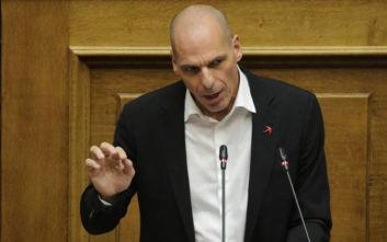 Βαρουφάκης σε ΝΔ: Δεν είστε εσείς οι πραγματικοί κυβερνήτες, το πηδάλιο είναι σε άλλα χέρια