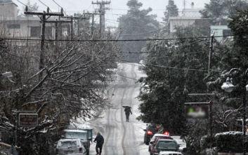 Η κακοκαιρία «Ηφαιστίων» φέρνει κρύο, χιόνια, βροχές και θυελλώδεις ανέμους