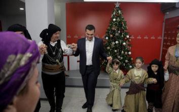 Αλέξης Τσίπρας: Ο ποντιακός χορός πριν πετάξει για Πρωτοχρονιά στο Παρίσι