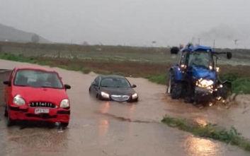 Διδώ: Εικόνες καταστροφής στη Λάρισα, κατέρρευσε η γέφυρα Καλατράβα και βούλιαξαν αυτοκίνητα