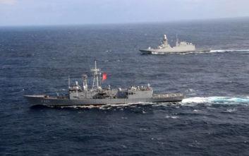 Με όποιον βρει... μπροστά του κάνει ασκήσεις ο τουρκικός Στόλος