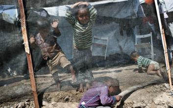 Συγκλονιστικές μαρτυρίες για τα παιδιά που ζουν στη Μόρια: «Θέλω να πεθάνω»