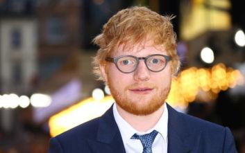 Εd Sheeran: Κορυφαίος καλλιτέχνης της 10ετίας στο Ηνωμένο Βασίλειο