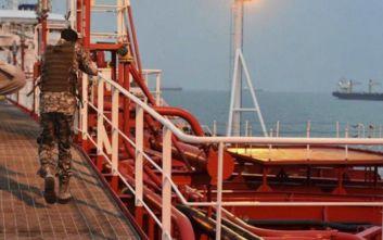 Ιράν: Φρουροί της Επανάστασης συνέλαβαν πλοίο στον Κόλπο για λαθρεμπόριο καυσίμων