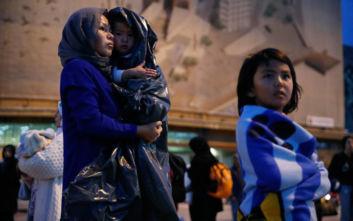 Κομισιόν σε χώρες ΕΕ: Υποδεχθείτε ασυνόδευτα παιδιά από καταυλισμούς στην Ελλάδα