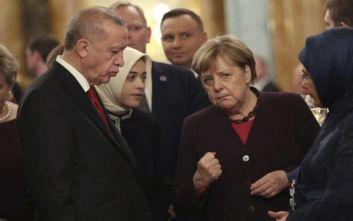 Μέρκελ: Υπό την επίβλεψη του ΟΗΕ η εθελούσια επιστροφή προσφύγων στη βόρεια Συρία