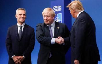 Τραμπ-Τζόνσον: Επιτέλους φωτογραφήθηκαν μαζί οι δύο ηγέτες