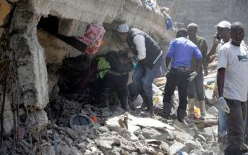 Κένυα: Κατέρρευσε κτίριο στο Ναϊρόμπι, οι φωνές εγκλωβισμένης γυναίκας αντηχούν κάτω από τα χαλάσματα