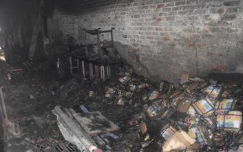 Ινδία: Η απελπισία των εγκλωβισμένων στο φλεγόμενο εργοστάσιο, τηλεφωνούσαν σε συγγενείς και ζητούσαν βοήθεια