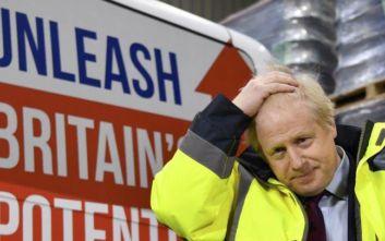 Brexit: Κλείνει η ψαλίδα ανάμεσα σε Συντηρητικούς και Εργατικούς