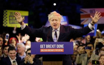 Εκλογές στη Βρετανία: Η σαρωτική νίκη Τζόνσον και το όνειρο του «remain» που έγινε καπνός