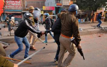 Ινδία: Τρεις νεκροί σε διαδηλώσεις εναντίον νόμου για τη χορήγηση υπηκοότητας σε μη μουσουλμάνους