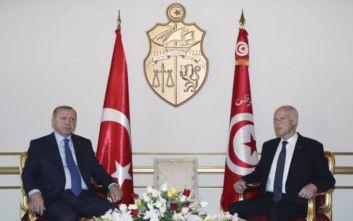 Ερντογάν: Πολύτιμη η συμβολή της Τυνησίας στην αποκατάσταση της σταθερότητας στη Λιβύη
