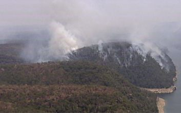 Αυστραλία: Η κυβέρνηση αποζημιώνει τους πυροσβέστες εν μέσω των φονικών πυρκαγιών