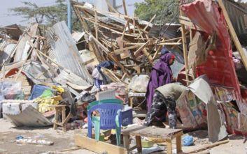 «Ξένη χώρα» βλέπουν οι Αρχές της Σομαλίας για τη βομβιστική επίθεση στο Μογκαντίσου