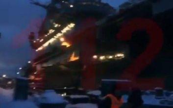 Φωτιά σε ρωσικό αεροπλανοφόρο: Ένας άνθρωπος αγνοείται, έξι τραυματίστηκαν