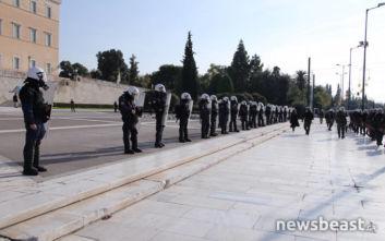 Αλέξης Γρηγορόπουλος: «Αστακός» η Βουλή, παρατηρητές σε δημόσια κτίρια