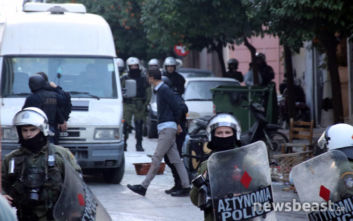 Αστυνομική επιχείρηση στο Κουκάκι: Προσήχθησαν οκτώ καταληψίες και δύο κάτοικοι