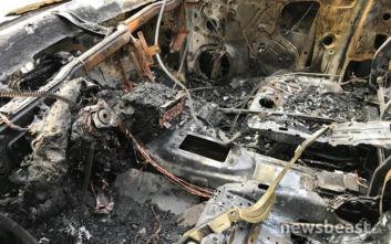 Φωτογραφίες από τα καμένα αυτοκίνητα στο Κολωνάκι