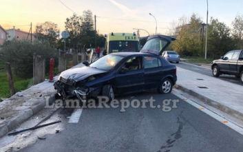Λαμία: Οδηγός ζαλίστηκε κι έχασε τον έλεγχο του αυτοκινήτου του