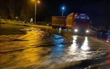 Άρτα: Πλημμύρες και ζημιές στο ορεινό επαρχιακό οδικό δίκτυο από την κακοκαιρία στην Άρτα