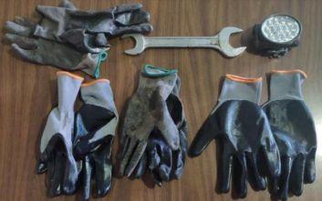 Λαμία: Τους «τσίμπησαν» να προσπαθούν να κλέψουν με τα εργαλεία στα χέρια