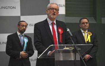 Βρετανία: Χαστούκι στους Εργατικούς, ο Κόρμπιν δεν θα ηγηθεί σε μελλοντικές εκλογές