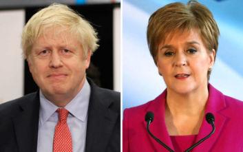 Τζόνσον σε Στέρτζον: Δεν θα υπάρξει νέο δημοψήφισμα για την ανεξαρτησία της Σκωτίας