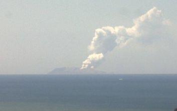 Έκρηξη ηφαιστείου στη Νέα Ζηλανδία: Δεκάδες τουρίστες στον κρατήρα, αναφορές για τραυματίες