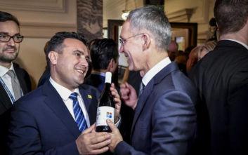 Ο Ζάεφ, ο γενικός γραμματέας του ΝΑΤΟ και το... «μακεδονικό κρασί»