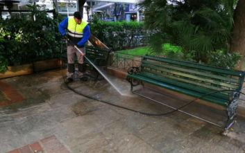 Δήμος Αθηναίων: Παρέμβαση καθαριότητας - αποκατάστασης σε πέντε πλατείες στους Αμπελοκήπους