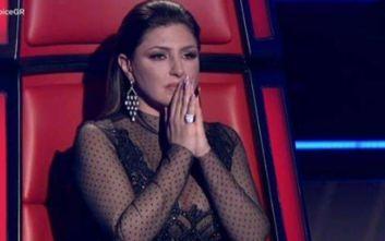 The Voice: Τα δάκρυα της Έλενας Παπαρίζου με την ερμηνεία παίκτριάς της